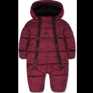 Jordan Baby Boy/Girl Hooded Abstract Snowsuit NWT